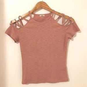 Pink/Rose T-shirt from Garage (Size S)